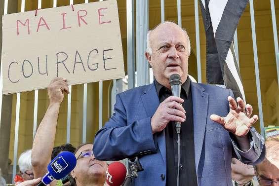 L'arrêté anti-pesticides  d'un maire breton suspendu