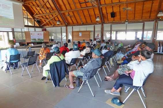 Les nouveaux contrats d'assurance présentés aux agriculteurs