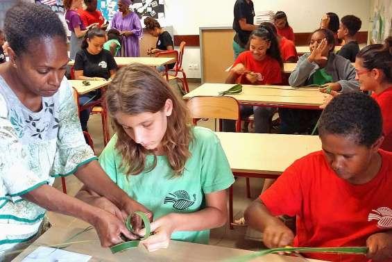 De futurs citoyens responsables à Païamboué