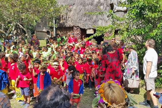 Les enfants du Vallon-Dore à la découverte de Saint-Louis