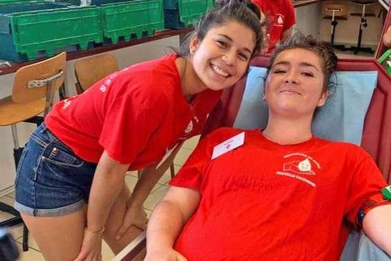 Une collecte de sang au cœur du lycée du Grand Nouméa