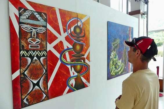 Dix-neuf toiles de Denise Tiavouane au centre culturel
