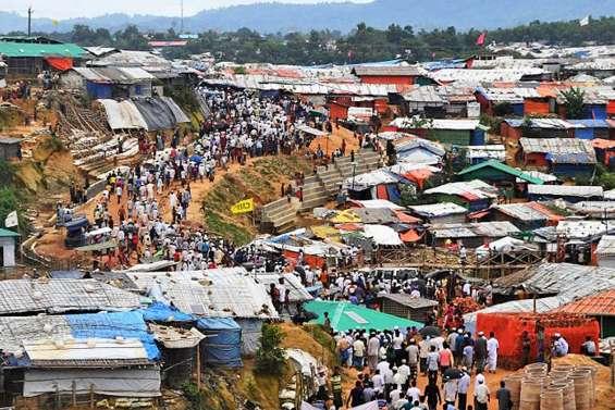 Les Rohingyas privés de communications mobiles