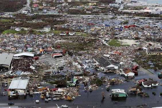 Au moins 20 morts aux Bahamas ravagées par Dorian