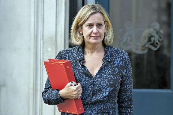 Amber Rudd claque la porte du gouvernement