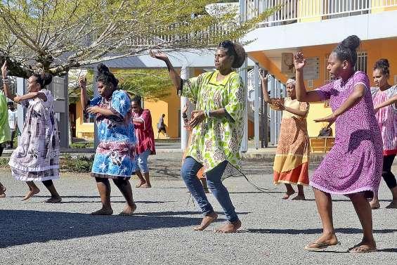 Une journée mélanésienne au lycée