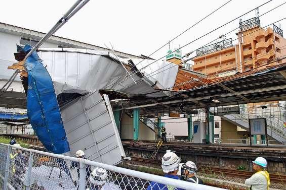 Transports perturbés à Tokyo après le passage d'un typhon