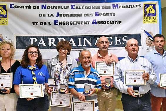 De nouveaux bénévoles récompensés pour leur engagement