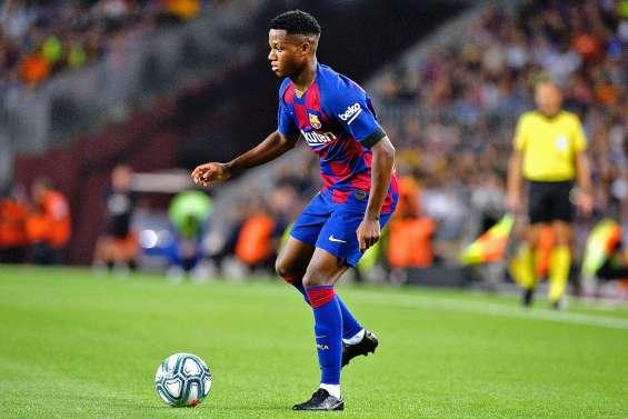 Ansu Fati porte le Barça