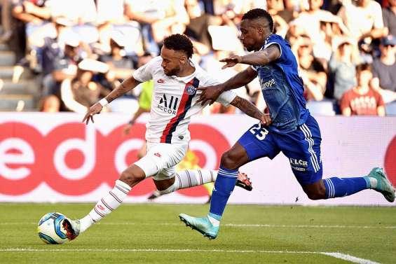 Neymar lance sa saison  en terrain hostile