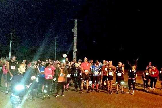 Près de 100 coureurs ont participé samedi au Raid de la Full Moon