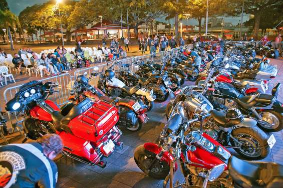 50 Harley pour les 50 ans d'Easy rider