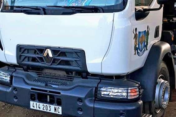 Un camion municipal de Kouaoua visé par un tir