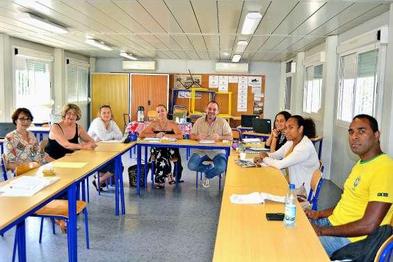 Les référents harcèlement en formation au collège Louis-Léopold-Djiet