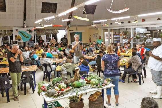 Les produits locaux se fêtentà l'internat public