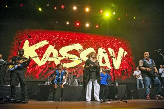 Chaude ambiance à l'Arène avec Kassav'