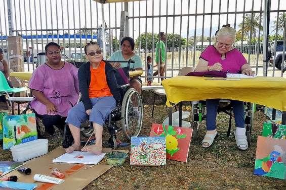 Les personnes handicapées montrent leurs talents