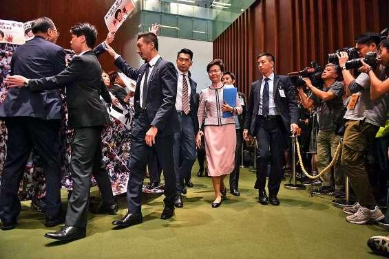 Carrie Lam renonce à une allocution au parlement