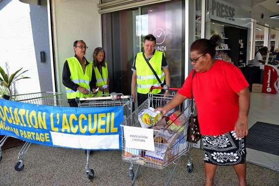 L'Accueil a collecté des denrées alimentaires devant Leader Price