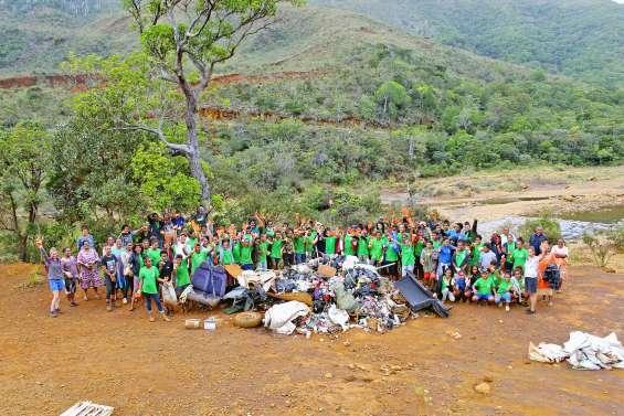 Les élèves du collège ont ramassé une tonne de déchets