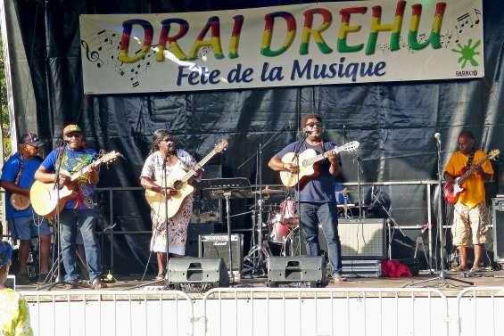La Fédération des artistes de l'île fête Drai Drehu en musique