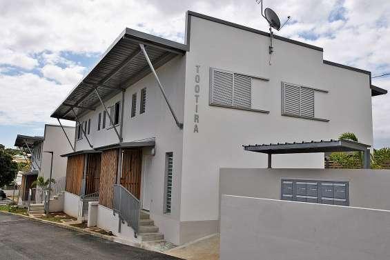 Tootira, petite résidence FSH de quatorze villas en duplex, inaugurée à Yahoué