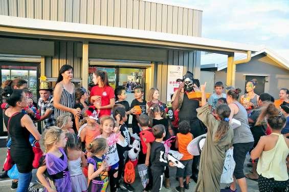 Petits et grands ont fêté Halloween à Poya