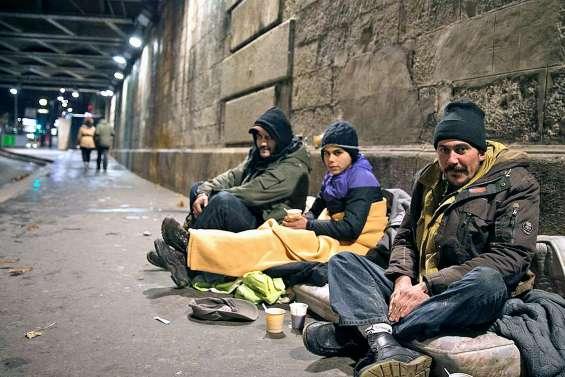 A Paris, 700 enfants dormentdehors tous les soirs