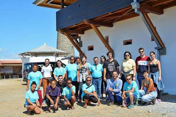 Des étudiants de Ténérife s'installent au fort Téremba