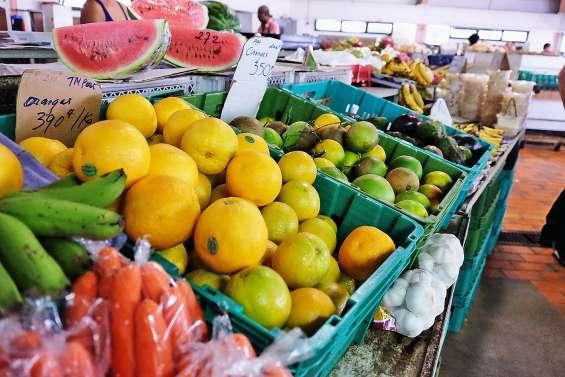 Bientôt la fête sur les étals de fruits et légumes