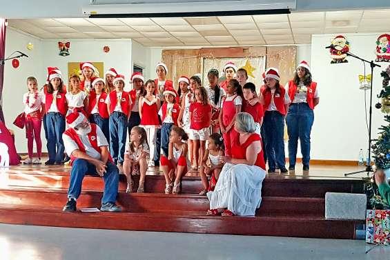 Une soixantaine de chanteurs ont célébré Noël