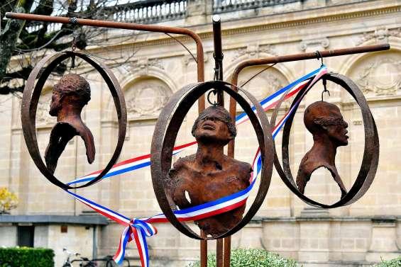 Bordeaux, ancien port négrier, commémore l'abolition de l'esclavage
