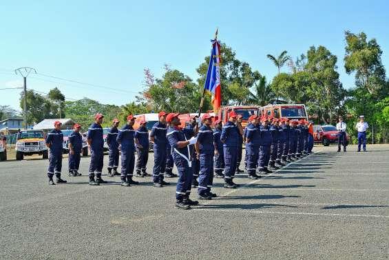 Treize sapeurs-pompiers ont été distingués