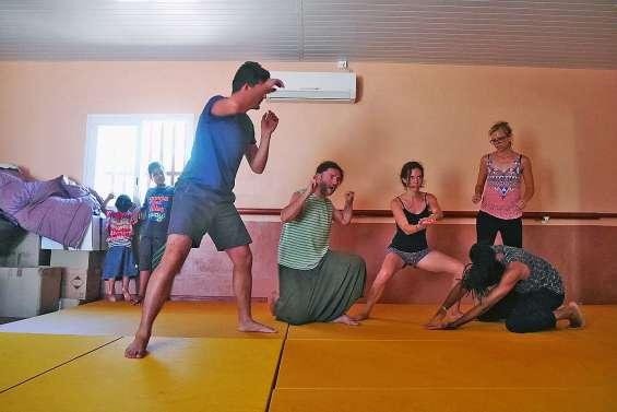 Le centre d'accueil Les Manguiers héberge un atelier d'impro