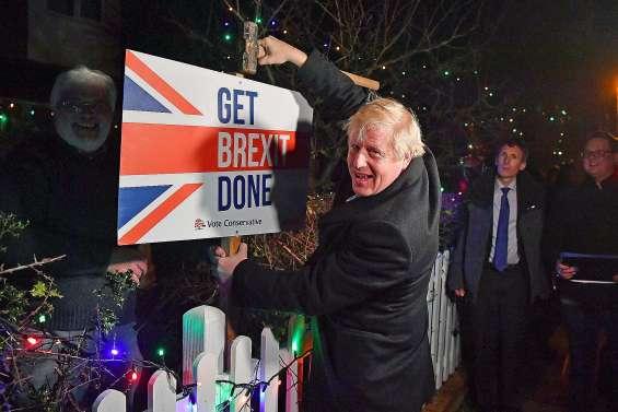 Cap sur le Brexit pour Boris Johnson, grand vainqueur des législatives