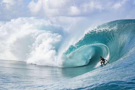 Avec le surf, les JO de Paris-2024 auront aussi lieu à Tahiti