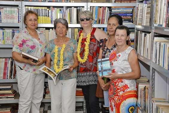 Le Secours catholique inaugure  sa nouvelle bibliothèque