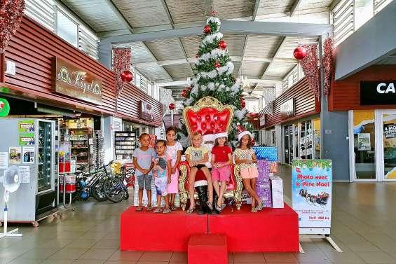 Les festivités ont commencé au centre commercial Téari