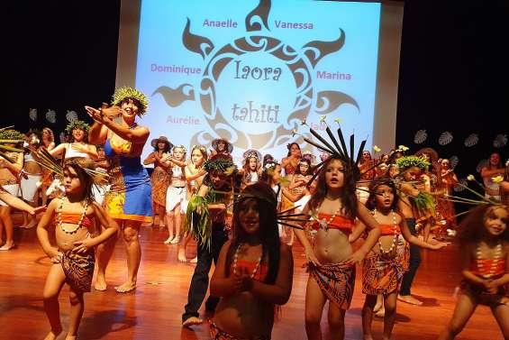 Plus de 350 spectateurs au gala d'Iaora Tahiti