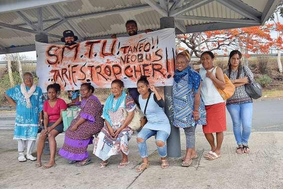 Les usagers Tanéo maintiennent la pression dans les quartiers
