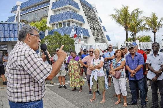 Les retraités interpellent la province Sud
