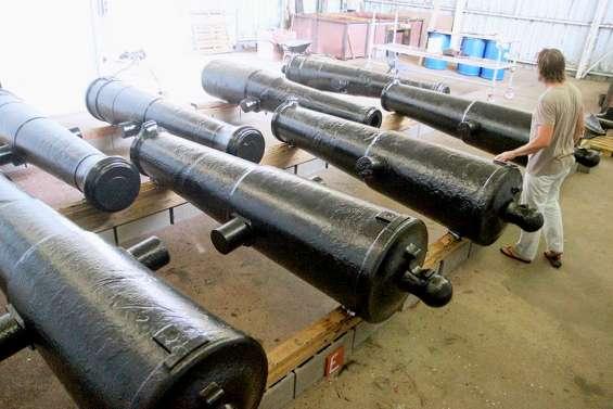 Des canons des années 1800 sauvés de la rouille