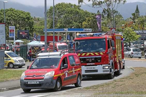 Des pompiers agressés en pleine intervention à La Coulée