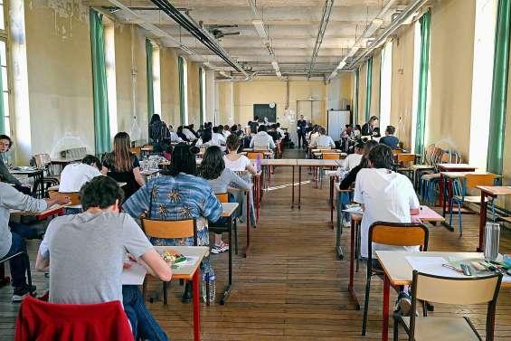 Nouveau bac : à quelques jours des épreuves, des élèves « pas prêts »