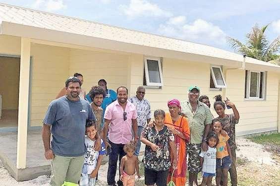 Deux familles ont reçu les clés de leur nouvelle maison