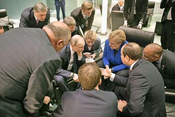 Accord international pour relancer les efforts de paix