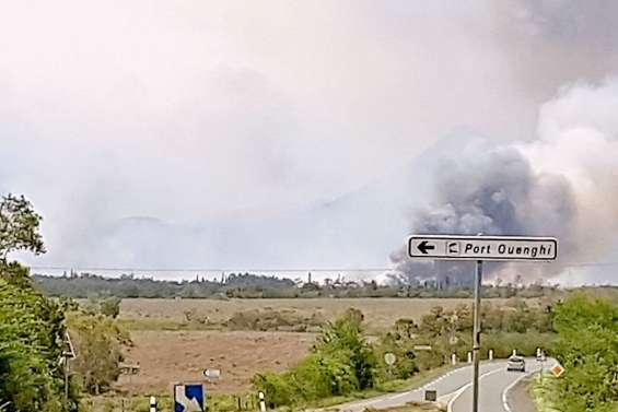 Un incendie à Boulouparis,  la centrale un temps menacée