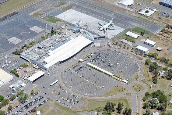Feu à La Tontouta : l'aéroport fermé pendant cinq heures
