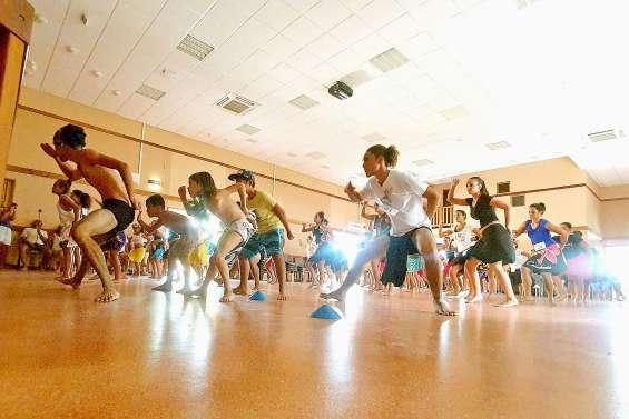 Plus de soixante danseurs réunis pour un Tamure Marathon endiablé