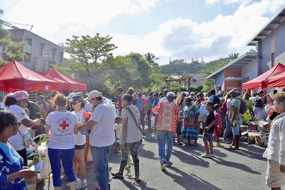 La braderie de la Croix-Rouge ou la rentrée à petits prix